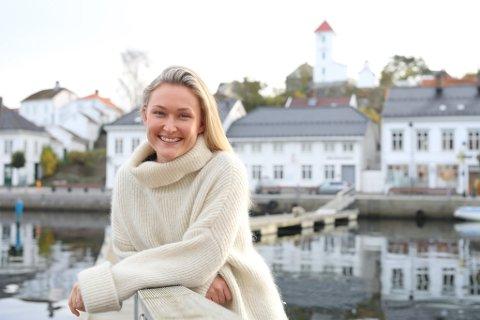 """NY SESONG: Skuespiller Thea Green Lundberg (27) har nettopp avsluttet de to første ukene på filmsettet til sesong to av den populære TV-serien """"Wisting"""". Nå er hun hjemme i Risør og lader batteriene til neste heseblesende krimscene."""