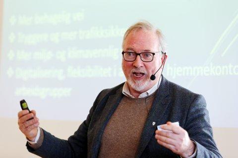 SA NEI: Styreleder Per Kr. Lunden og resten av styret i det interkommunale plansamarbeidet ville ikke si ja til at planprogrammet for nye E18 blir lagt ut til høring før lokalpolitikerne har sett på saken.