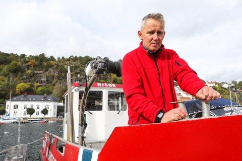 Torvild Selås, miljøkrimkoordinator i Agder politidistrikt forteller at dårlig merking og mistanke om manglende ettersyn var årsaken til beslaget av 16 teiner søndag.