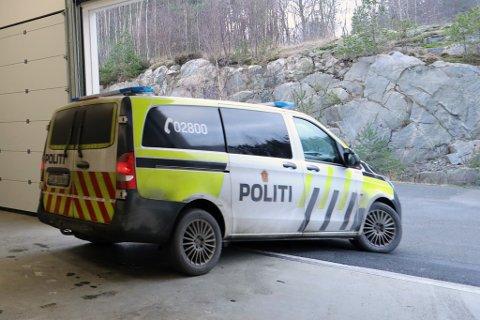 Politiet i Risør måtte flere ganger i løpet av helga rykke ut til hendelser forårsaket av fyll.