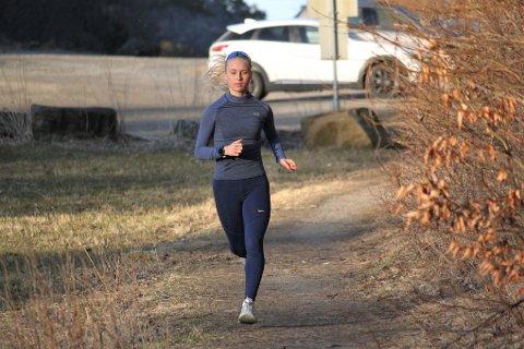 TILBAKE: Etter å ha mistet den korte 2020-sesongen med skadeproblemer, er Anne Hjorth Arntsen tilbake i konkurranse denne sesongen. Her fra trening på Randvik.
