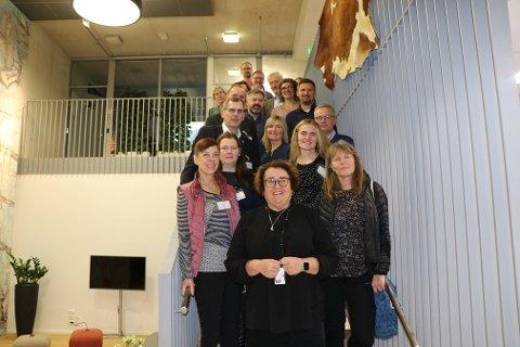 Psykisk helse var hovedtema under møte i Nasjonalt samarbeidsforum for HMS i landbruket. På møtet deltok Arbeidstilsynet, Gjensidige, Mattilsynet, Matmerk, Landbruksdirektoratet, Landbrukets brannvernkomité, Norges Bondelag, Norsk Bonde- og Småbrukarlag, Norske Landbrukstenester, Norsk Landbruksrådgiving, Norske Reindriftssamers Landsforbund og forsker ved Ruralis og leder for Nasjonalt kompetansesenter for landbrukshelse St. Olavs Hospital Brit Logstein. Foto: Landbruks- og matdepartementet