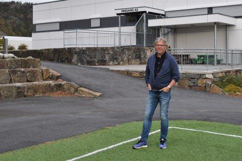 TRENGER GRENSER: Rektor ved Flekkefjord ungdomsskole, Terje Lauvdal, minner om at ungdommene trenger voksne som setter grenser.
