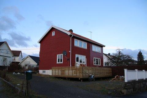 TO UTLEIEBOLIGER: Jan Egil Svindland har søkt Husbanken om tilskudd og lån for å bygge utleieboliger i Ringveien 18 på Uenes. Disse boligene kan kommunen bruke til vanskeligstilte.