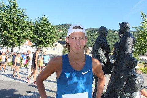 STØTTE: Det koster å drive med idrett, og støtte på 20.000 kroner vil være til stor hjelp for Kristian Tjørnhom.