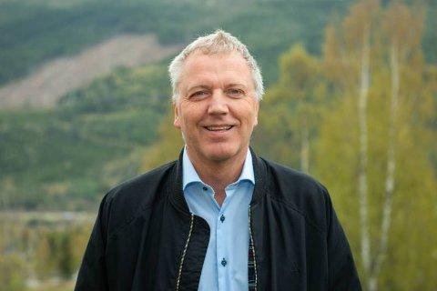 NY ØKONOMISJEF: Arne Petter Fredriksen er opprinnelig fra Farsund. Etter mange år på Østlandet trekker han nå sørover og blir økonomisjef i Sirdal kommune.
