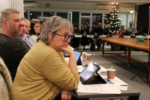 FIKK IKKE SVAR: Nina Danielsen (Sp) forsøkte å finne ut hvem som tidligere i høst stemte på tvers av avtalelistene, men ingen av de «skyldige» meldte seg.