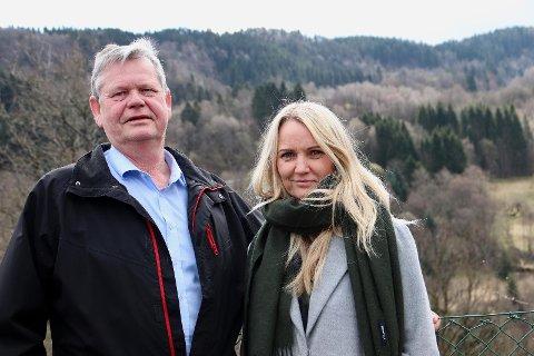 ALTERNATIVT BUDSJETT: Odd Omland, Bente Ingebretsen og resten av Ap har lagt frem et alternativt budsjett for Kvinesdal med en svært stor satsing på Knaben de neste årene.
