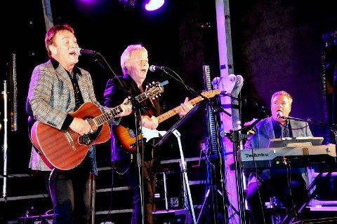 SPILTE OPP: Legendariske Tor Endresen med band stod på scenen på Sirafestivalen fredag kveld.
