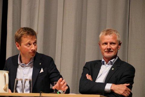 HARD KRITIKK: Jonny Liland (Ap) (til venstre) kommer med hard kritikk mot ordfører Thor Jørgen Tjørhom (Sp)
