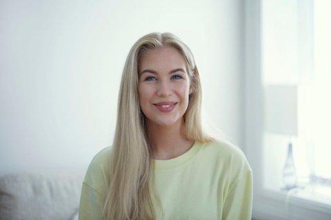 MYE Å TA TIL SEG: Karen Elene Thorsen har i det siste fått mye oppmerksomhet rundt Instagram-kontoen og boken hennes. – Jeg merker det blir litt mye, men jeg har et godt team, forteller hun.