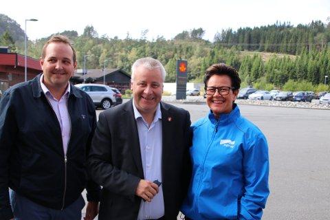 Gisle M. Saudland (Frp), Bård Hoksrud (Frp) og Ingunn Foss (H) gir løfter om å kjempe for et best mulig tilbud til folk nær der de bor.