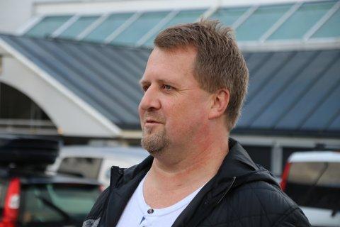 Ordfører Torbjørn Klungland (Frp) i Flekkefjord innkaller nå alle gruppeledere i bystyret for å drøfte hva kommunen skal gjøre med reaksjonene som har kommet på kommunens høringsuttalelse om ny E39.