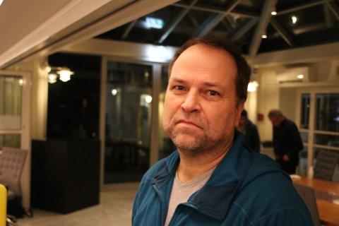 TILLITSVALGT: Plasstillitsvalgt Trond Kind for Lister PPT er bekymret for signalene fra rådmannen om kutt i den pedagogisk psykologiske tjenesten.