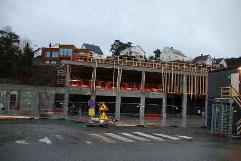 110 MILLIONER: Den totale lånerammen for Nødetatsbygget som bystyret i Flekkefjord godkjente i fjor var på 110 millioner kroner. Bygningsarbeidene har en totalentreprise på 82,22 millioner eks. moms.