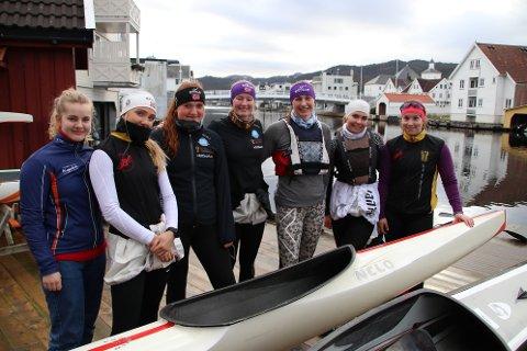 PÅ TRENINGSLEIR: Fra venstre Amalie Solvang (Flekkefjord KK), Tiril Tangebye Hansen (Bærum KK), Elisabeth Bjørgan (Strand KK), Ella Jones (Strand KK), Anna Sletsjøe (Strand KK), Marte Løseth (Bærum KK) og Kristine Amundsen (Bærum)