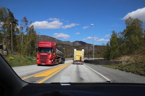 STATLIG PLAN: Statlig kommunedelplan skulle få opp farten på ny E39 fra Lyngdal til Ålgård, men det er lite som tyder på at statlig plan er så effektivt som man hadde håpet på.