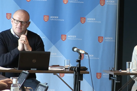 FIKK MILD KRITIKK: Utvalgsleder Steinar Bergstøl Andersen (Frp) ble bedt om å veie sine ord etter harde utfall mot Buheii vindkraftverk.