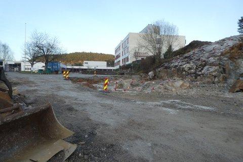 POLITISK KAMP: Totalkostnad for oppgradering av videregående i Kvinesdal og Flekkefjord (bildet) er tidligere beregnet til 300 millioner kroner. Nå ser det ut som det kreves en aktiv politisk kamp for å komme i nærheten av slike summer.