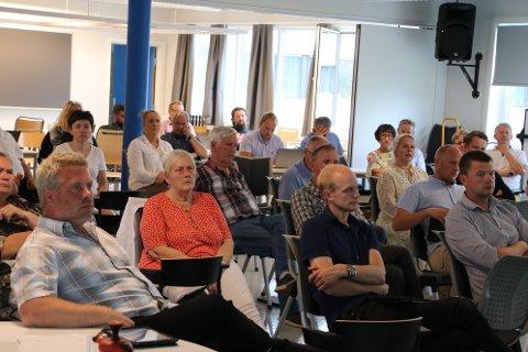 VIKTIG OPPGAVE: En av oppgavene til bystyret i Flekkefjord er å velge meddommere. Det har ikke vært noen enkel oppgave å få fyllt opp listen, men på møtet før sommerferien ble navnelisten vedtatt.