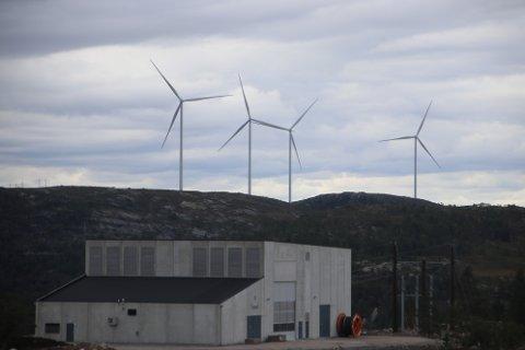 Tonstad vindpark er nå i full drift, men kommunen mener de ikke har levert det de har lovet.