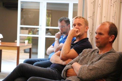 MØTES IGJEN: Forhandlingsutvalget her representert med Ivar Larsen Fidje (nærmest) og Jan Kåre Hansen (i midten) skal møte Leif Sigurd Dybvik (lengst bort) fra Elvegaten 16 AS til nye forhandlinger.