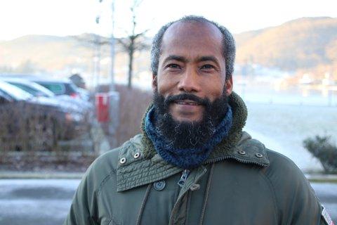FORUNDRET: Misghina Tekle Habtu fra Eritrea Han synes det er merkelig at lokalpolitikere er redde for et alternativt skoletilbud i Flekkefjord.