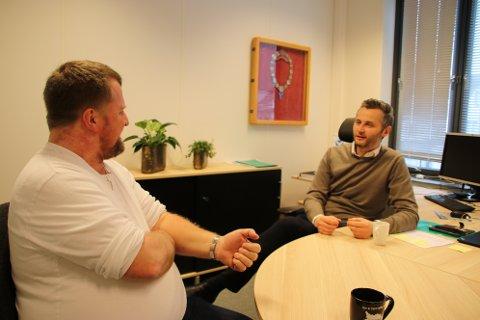 INNSPILL: Ordfører Torbjørn Klungland (Frp) i Flekkefjord (til venstre) og Per Sverre Kvinlaug  (KrF) i Kvinesdal ønsker innspill fra næringslivet til et mulighetsstudie om veien videre for videregående skole.