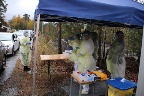HEKTISK I OKTOBER: Det var ganske hektisk smittetesting en periode i oktober 2020, ellers har Flekkefjord kommune sluppet å bruke store ressurser på testing og smittesporing.