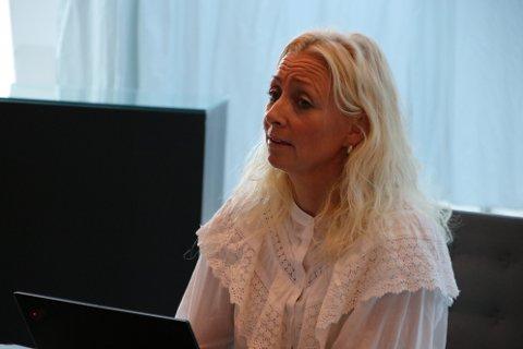 FASTLEGEKRISE: Leder Britt Monica Strømland for helse og livsmestring i Flekkefjord kommune legger ikke skjul på at det er en fastlegekrise i Flekkefjord som krever en hel rekke med kostbare tiltak for kommunen.