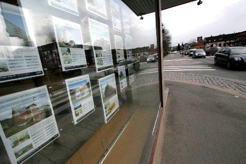 KLAGER: Reklamasjonsnemnda for eiendomsmeglingstjenester har mottatt rekordmange klager de siste årene. 2020 er intet unntak. Illustrasjonsfoto: NTB
