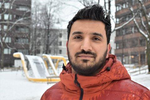 UENIG MED EGNE PARTIKOLLEGER: Oslo Rødts leder Siavash Mobasheri kommer ikke til å stemme med sine partikolleger når bystyret behandler Brynsbakken-saken.