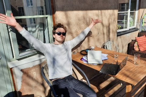 PÅSKEGLEDE: Tor Frøytvedt Dahl (24) er tidligere leder av Oslo Unge Venstre og landsstyremedlem i Unge Venstre. Fram til høsten skal han jobbe som politisk rådgiver for kultur- og likestillingsminister Abid Raja (V).