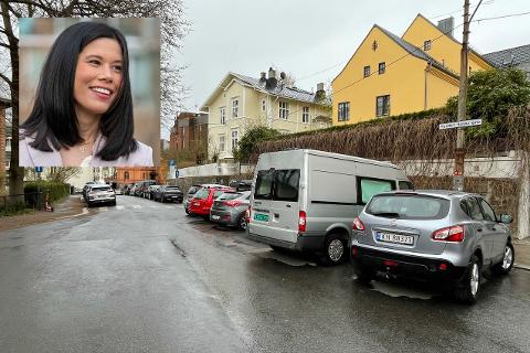SLUTT PÅ BILER HER: Verken el- eller dieselbiler vil være velkommen i denne gaten kanskje allerede fra oktober i år. Det bekymrer beboere i området.