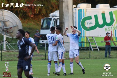 DEBUTERTE: Matias Belli Moldskred kunne juble for scoring i debuten for Nicaragua.