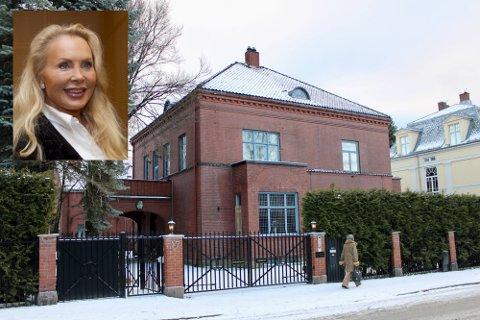 TIL SALGS IGJEN: Frogner-villaen, som eies av advokat Mona Høiness, er tilbake på det åpne boligmarkedet igjen.