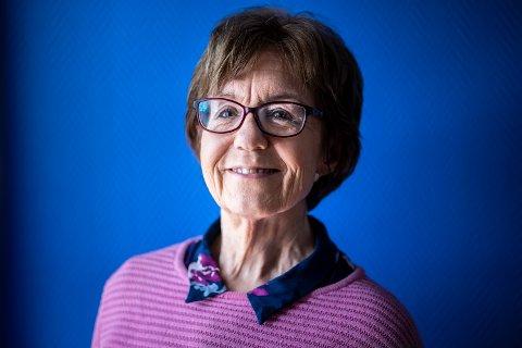 LYKKELIG: Mette Bugge (69) ønsker å dele sine beste tips om hvordan få til et langt og lykkelig arbeidsliv.