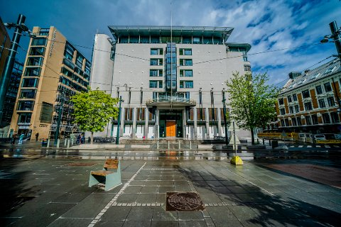 RETTSSAK: En 21 år gammel mann er dømt for familievold i Oslo tingrett. Ifølge dommen utsatte han samboeren for gjentatte krenkelser i løpet av fire og et halvt år.