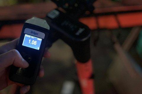 FYLLEKJØRTE: Flere elsparkesyklister ble stoppet med over 1,00 i promille natt til søndag. Den høyeste promillen målte 1,7.