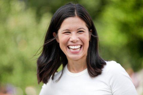 Oslo 20210812.  Miljøpartiet De Grønnes 1. kandidat i Oslo, Lan Marie Berg (MDG) avgir sin stemme på St. Hanshaugen i Oslo. Foto: Javad Parsa / NTB