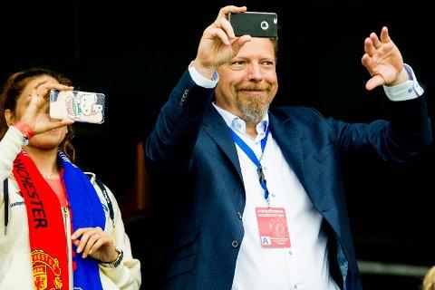 ULYKKE: Erik Espeseth, daglig leder i Vålerenga Fotball, er sykmeldt etter en badeulykke.