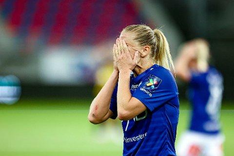 TABBEKVELD: Elise Thorsnes var uheldig i forkant av 0-3-målet.