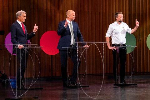 DEBATT: Ap-leder Jonas Gahr Støre, Sp-leder Trygve Slagsvold Vedum og SV-leder Audun Lysbakken under den NRK-sendte partilederdebatten fra Stormen konserthus i Bodø fredag.