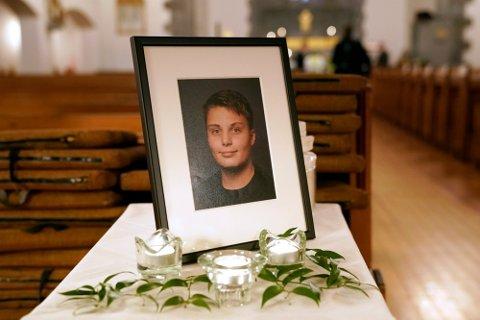 OMKOM: Even Warsla Meen (15) ble bisatt i Frogner kirke.