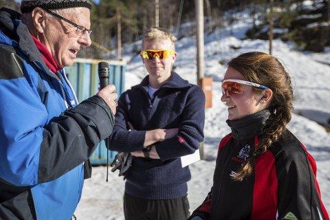 NORDHORDLANDSMEISTER: Julie Øvretveit og Magnus Johan Færø var dei raskaste rundt løypa, og kunne dermed smykka seg med tittelen Nordhordlandsmeister. Foto: Morten Sæle