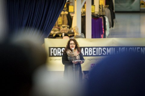 NEI: Arbeidarpartiet og Nina Bognøy vil ikkje opna butikkane på sundagane. Det vil heller ikkje 82 prosent av nordhordlendingane.