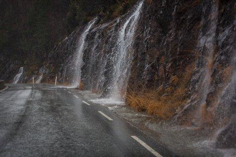 Årets november har hatt unormalt lite regn, likevel er totalnedbøren på landsbasis på 75 prosent av normalen. Illustrasjonsfoto: Morten Sæle
