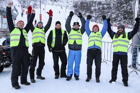 Aivaras Venslauskas, Trond Osland, Ole Håvåg, Per-Arne Breidvik, Arne Berg og Feras Alshabli er seks av 75 som rullerar på å jobba dugnad på Stordalen Skisenter.