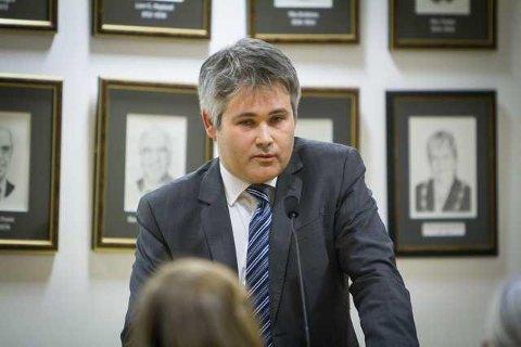 Meland-ordførar Øyvind Helland Oddekalv avviser kritikken frå Morten Klementsen og viser til at forhandlingsutvalet gjer den jobben dei er forplikta til gjennom demokratiske vedtak. Arkivfoto