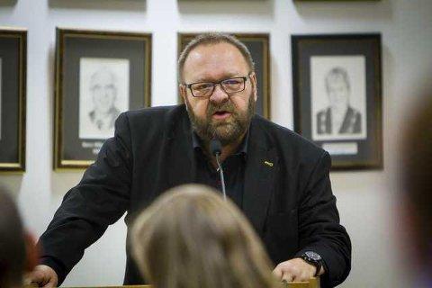 Morten Klementsen i Bygdelista Folkeviljen er kritisk til prosessen som har vore rundt kommunesamanslåing og hevdar folk flest ikkje blir tatt omsyn til. Arkivfoto